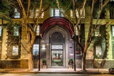 Oaks-Sydney-Goldsbrough-Suites.jpg